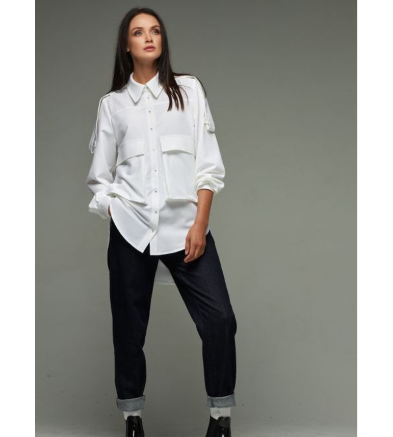 White oversize shirt with large pockets